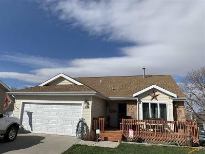 Rapid City Single Family Home U/C Contingency: 4222 Range View Ct