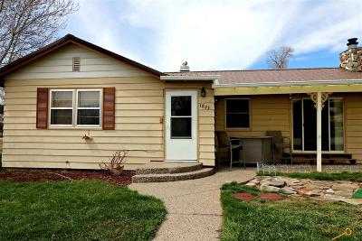 Rapid City Single Family Home For Sale: 1823 7th