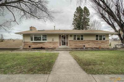 Rapid City Single Family Home U/C Contingency: 1722 Morningside Dr