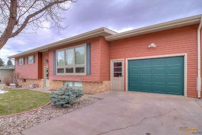 Rapid City Single Family Home For Sale: 128 S Berry Pine Rd