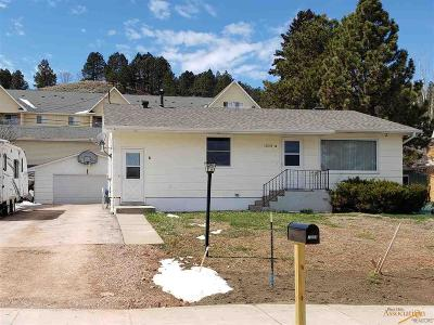 Rapid City SD Single Family Home For Sale: $229,900