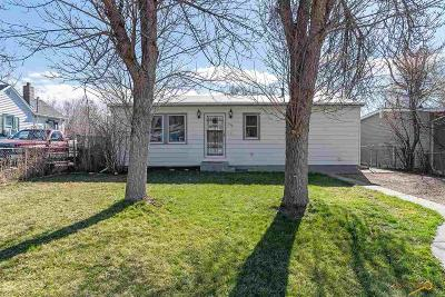 Rapid City Single Family Home For Sale: 932 Lemmon Ave