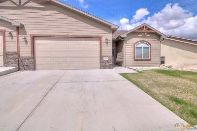 Rapid City Condo/Townhouse For Sale: 230 Enchantment Rd