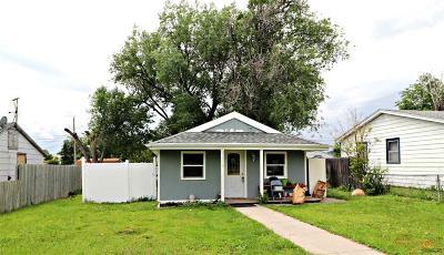 Single Family Home For Sale: 1109 Blaine Ave