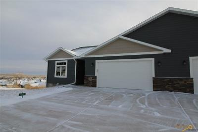 Rapid City Condo/Townhouse For Sale: 3045 Hoefer Ave