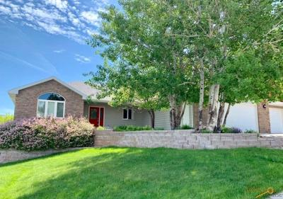 Rapid City Single Family Home For Sale: 4033 Valley West Drive