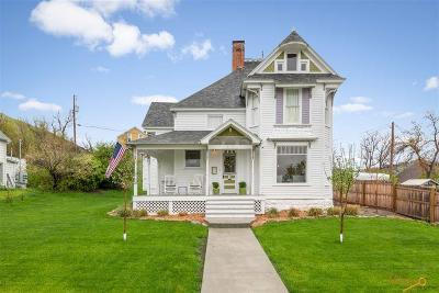 Single Family Home For Sale: 717 South