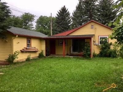 Sturgis Single Family Home For Sale: 1620 Cedar