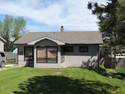 Custer Single Family Home U/C Contingency: 1145 Pine