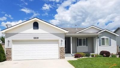 Summerset Single Family Home For Sale: 6610 Astoria Ln