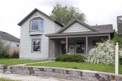 Rapid City Single Family Home For Sale: 1027 12th