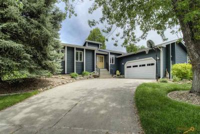 Rapid City Single Family Home For Sale: 3032 Roxbury Cir