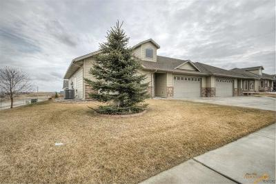 Rapid City SD Condo/Townhouse For Sale: $259,900