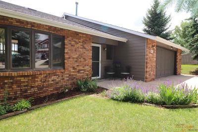 Rapid City Single Family Home For Sale: 3812 Parkridge Circle