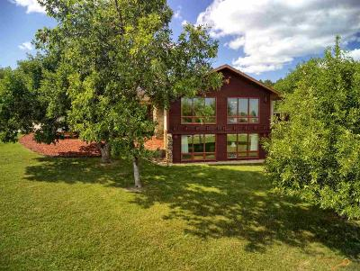 Single Family Home For Sale: 8104 Woodland Dr