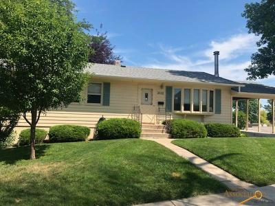 Rapid City Single Family Home For Sale: 2632 W St Patrick