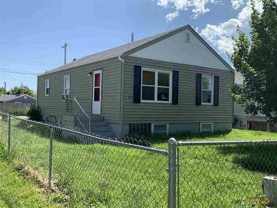 Rapid City Single Family Home For Sale: 215 E Monroe