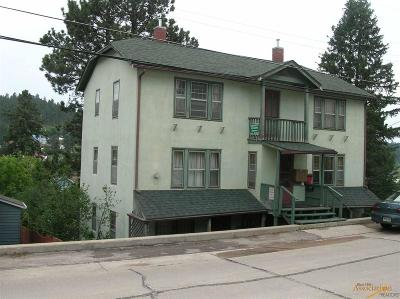 Multi Family Home For Sale: 520 W Addie St