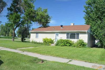 Single Family Home For Sale: 1140 Northeast Dr