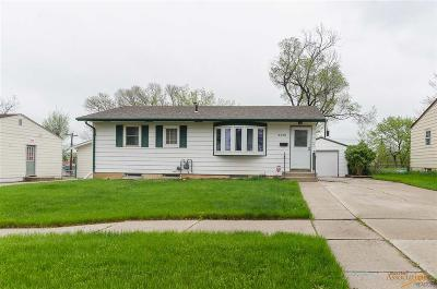 Rapid City Single Family Home For Sale: 3330 Cypress