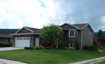Summerset Single Family Home For Sale: 7983 Steamboat Rd