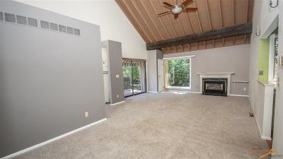 Rapid City Condo/Townhouse For Sale: 10d Glendale Ln