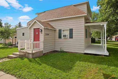 Sturgis Single Family Home For Sale: 1304 Cedar