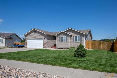 Summerset Single Family Home For Sale: 7435 Castlewood Dr