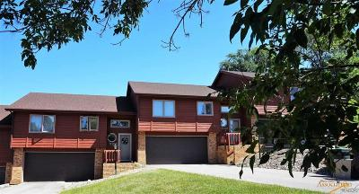 Rapid City Condo/Townhouse For Sale: 4704 Primrose Pl