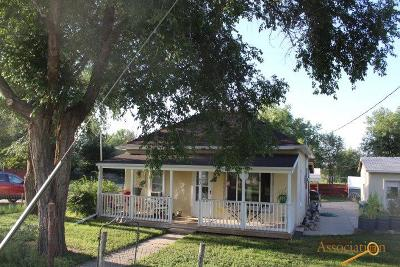 Single Family Home For Sale: 82