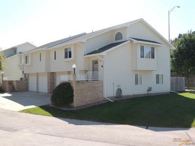 Rapid City Condo/Townhouse For Sale: 5031 Autumn Pl