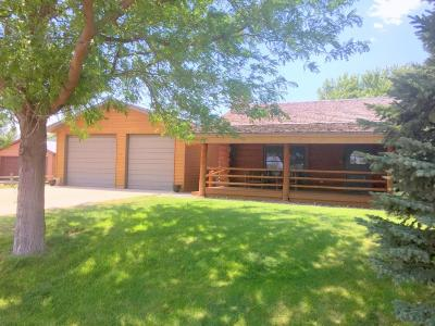 Pierre Single Family Home For Sale: 307 E Spring Creek Drive