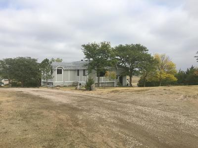 Pierre Single Family Home For Sale: 2400 Sd Hwy 1804