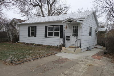 Pierre Single Family Home For Sale: 407 N Highland Avenue