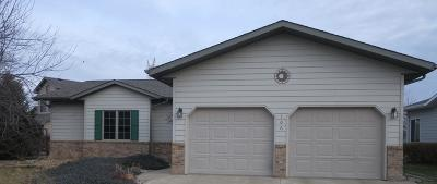 Ft. Pierre Single Family Home For Sale: 106 Port Weyms Court