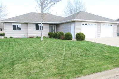 Ft. Pierre SD Single Family Home For Sale: $325,000