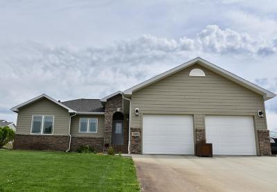 Pierre Single Family Home For Sale: 2305 Callaway Court