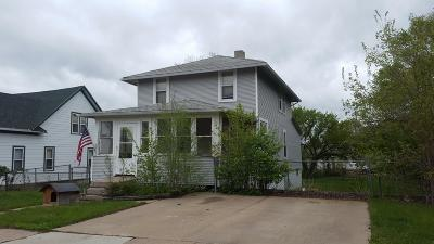 Ft. Pierre Single Family Home For Sale: 305 W Main