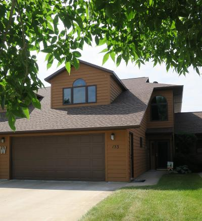 Ft. Pierre Single Family Home For Sale: 153 Islay Avenue
