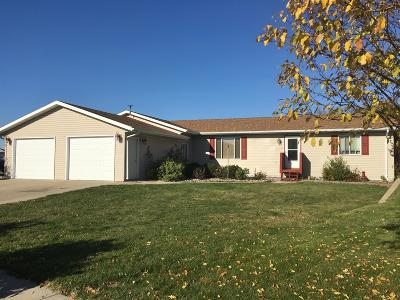 Ft. Pierre Single Family Home For Sale: 2106 Tiree Drive