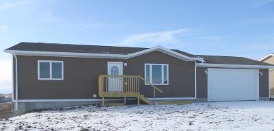 Pierre SD Single Family Home For Sale: $195,000