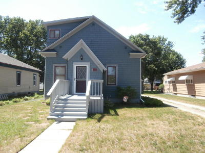 Single Family Home For Sale: 953 Utah SE