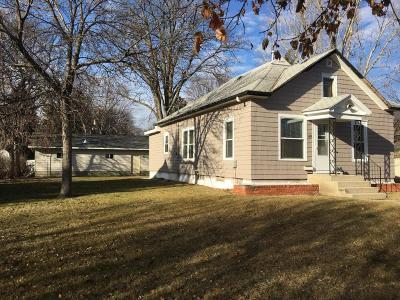 Single Family Home For Sale: 1439 Illinois Ave SW