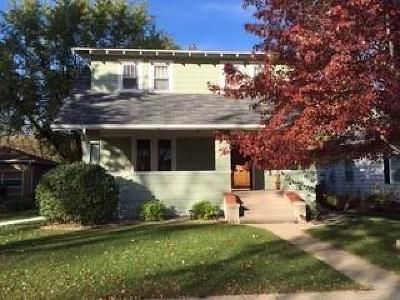 Huron Single Family Home For Sale: 929 Utah SE