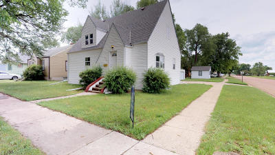 Huron SD Single Family Home For Sale: $145,000