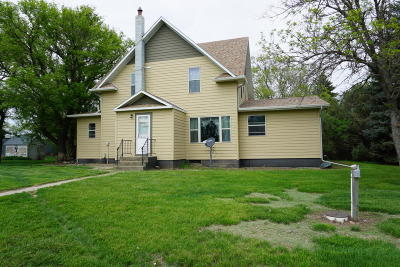Wolsey Single Family Home For Sale: 20061 387 Ave