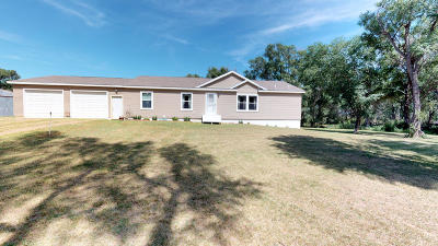 Single Family Home For Sale: 21290 411th Ave