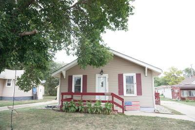 Single Family Home For Sale: 357 4th St NE