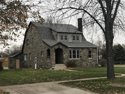 Huron Single Family Home For Sale: 1305 Wisconsin Ave SW