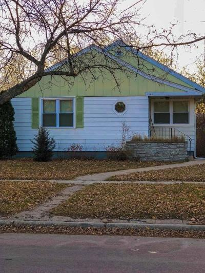 Huron Single Family Home For Sale: 1060 Ohio Ave SW